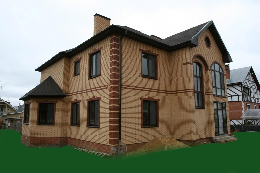 Фото домов облицованными кирпичом