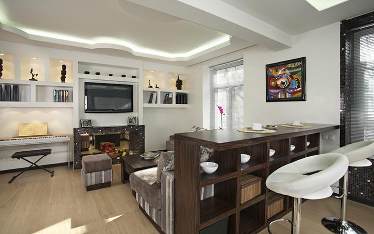 Дизайн кухни гостиной с барной стойкой фото