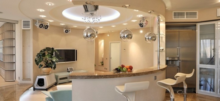 кухня студия с барной стойкой дизайн фото интерьеров Domokedru