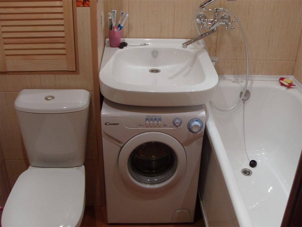 Дизайн маленькой ванной совмещенной с туалетом