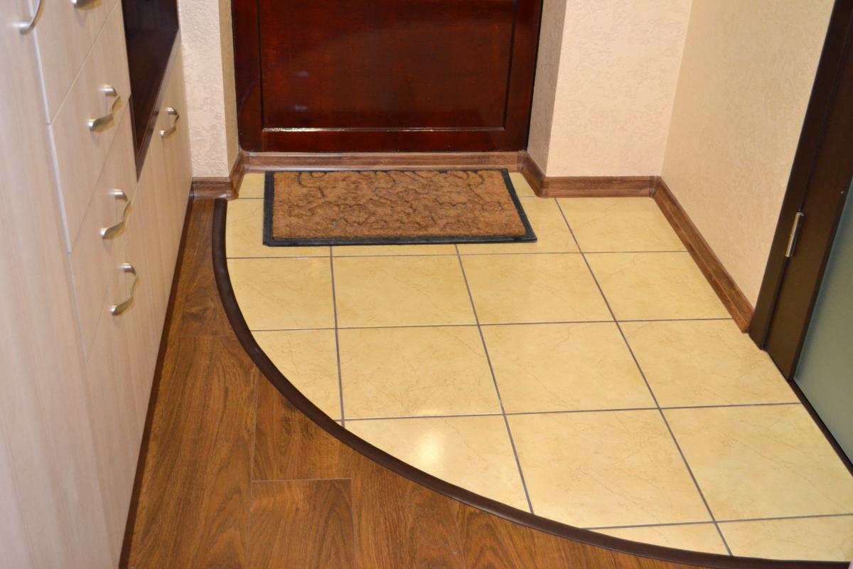 Какой потолок лучше сделать в коридоре фото 775