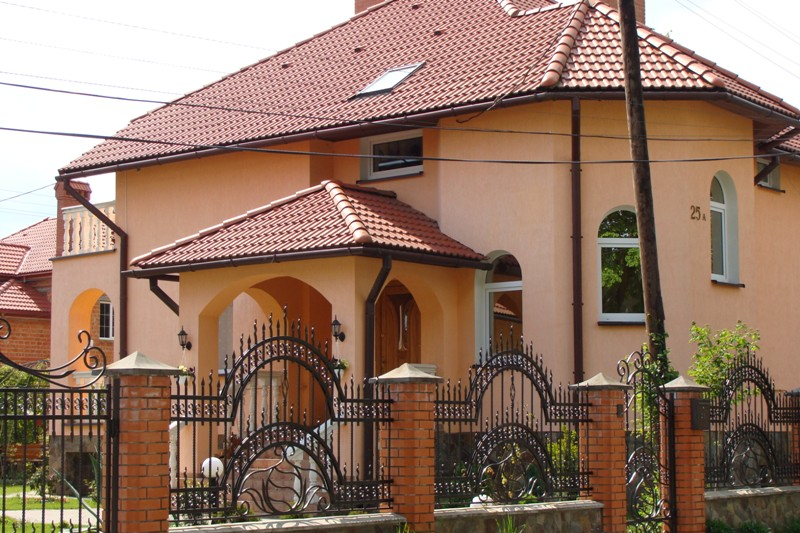 Отделка фасадов домов современными материалами: фото, дизайн DomoKed.ru