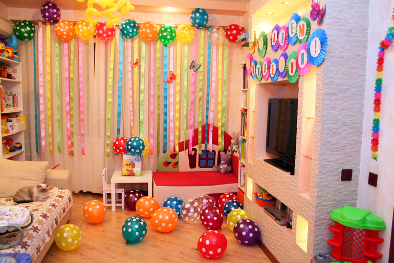Украшаем комнату ко дню рождения ребенка своими  195