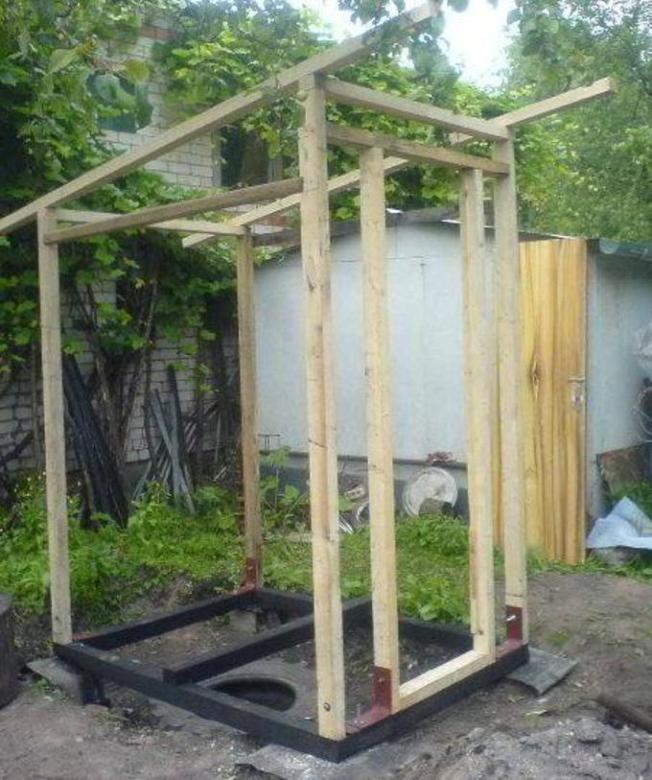 Фото как построить туалет на дачи своими руками