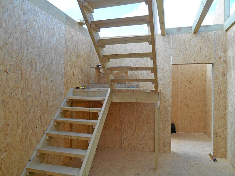 Временная лестница на второй этаж своими руками 55